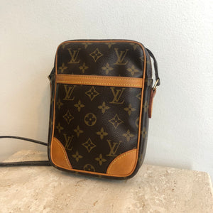 Authentic LOUIS VUITTON Danube Crossbody/Messenger