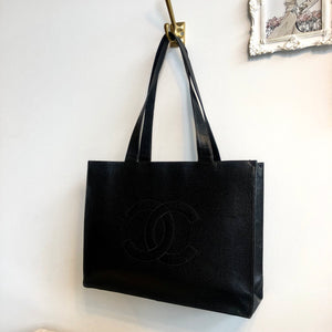 Authentic CHANEL Caviar Leather Vintage Large Tote