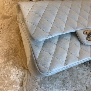 Authentic CHANEL White Caviar Leather Classic Double Flap