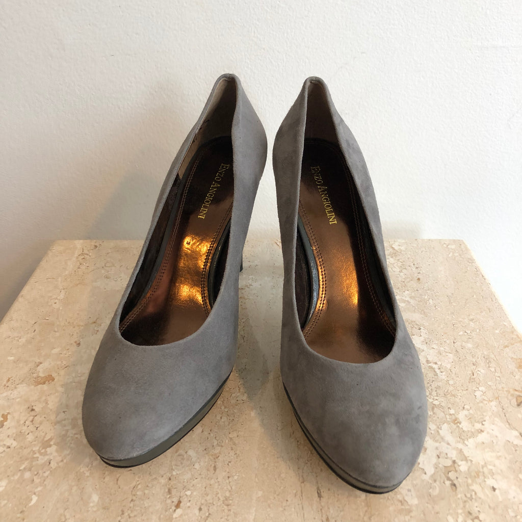 Authentic ENZO ANGIOLINI Grey Suede Pumps Size 9