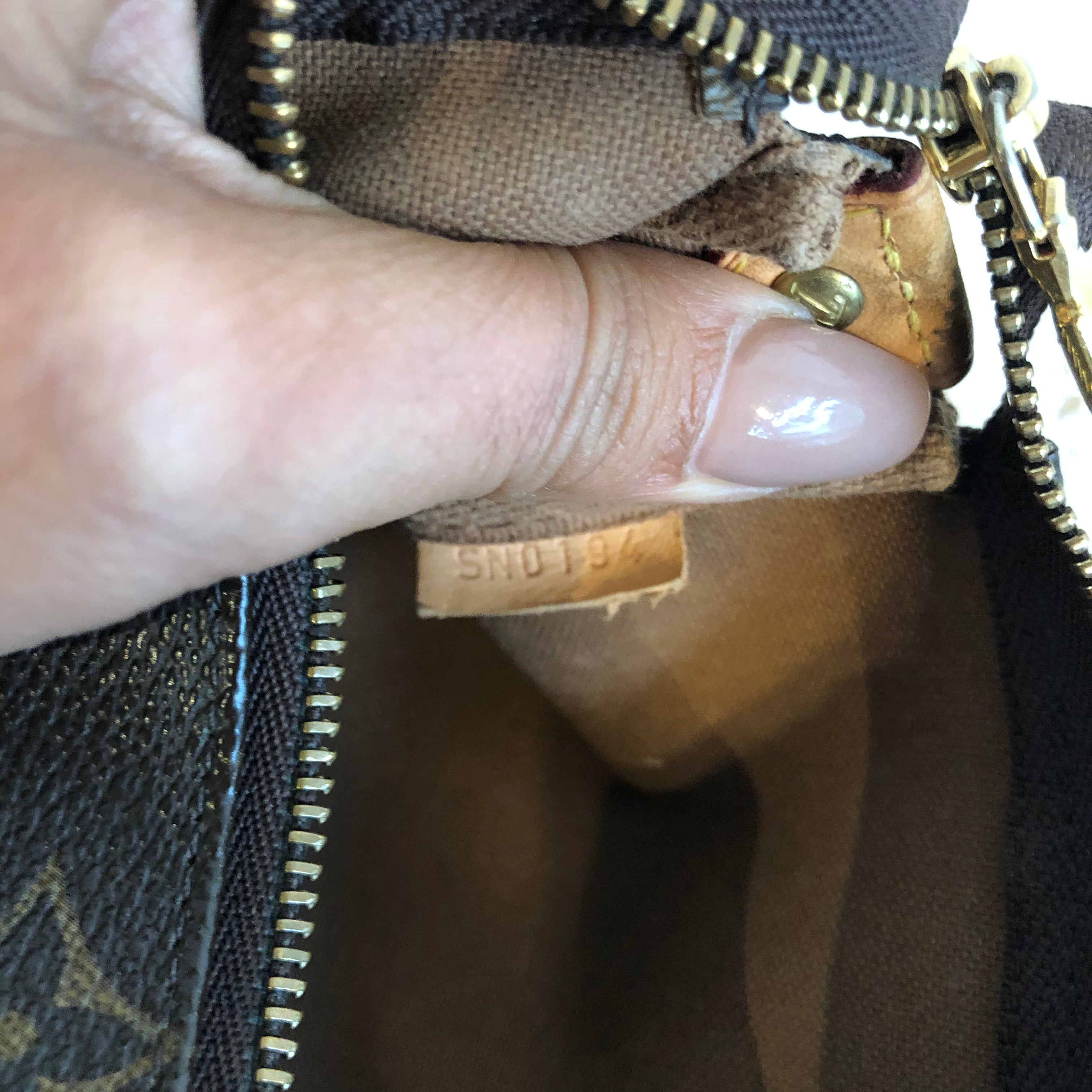 Authentic LOUIS VUITTON Monogram Eva
