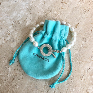 Authentic TIFFANY & CO. Pearl Toggle Bracelet