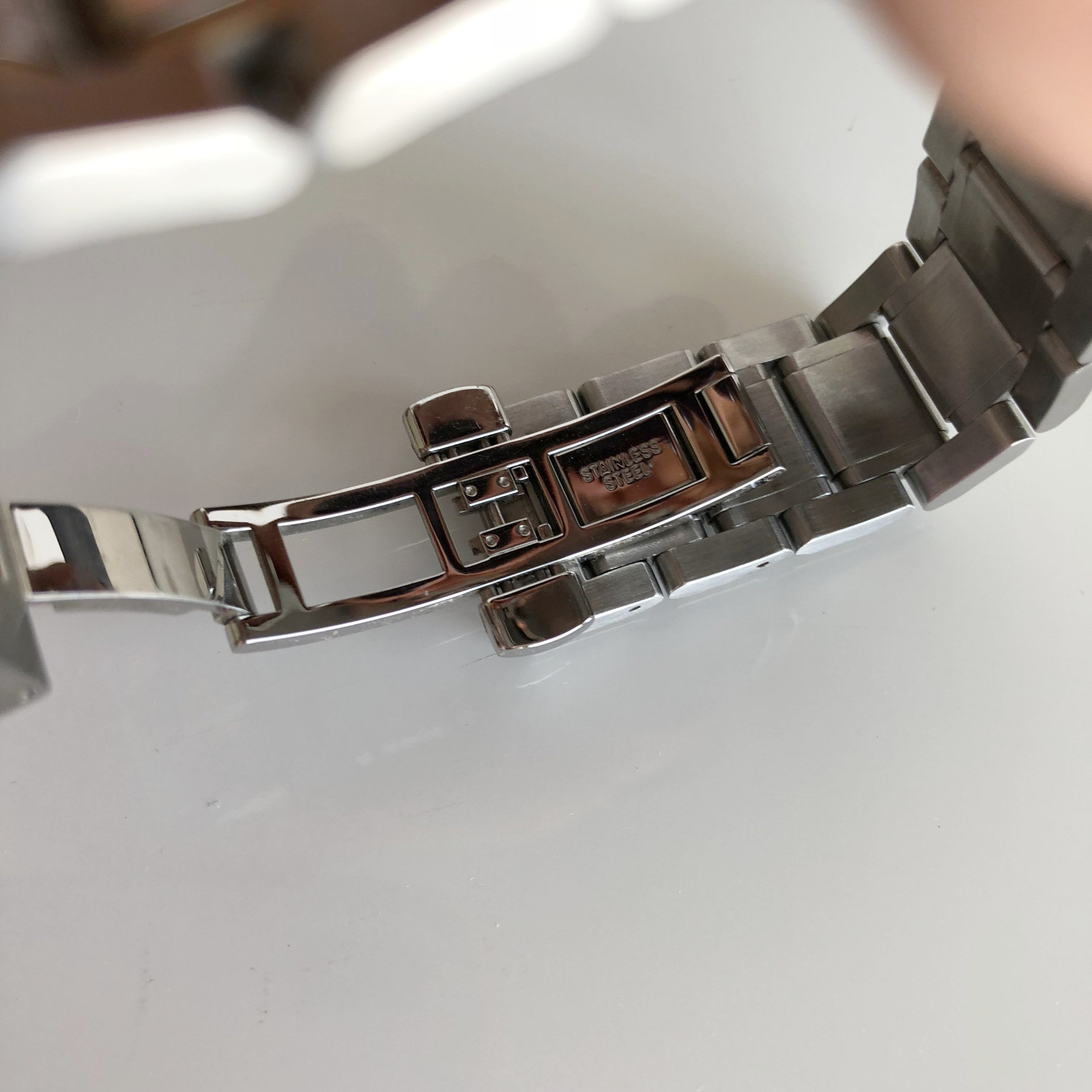 Authentic BURBERRY Two Toned Watch BU9751