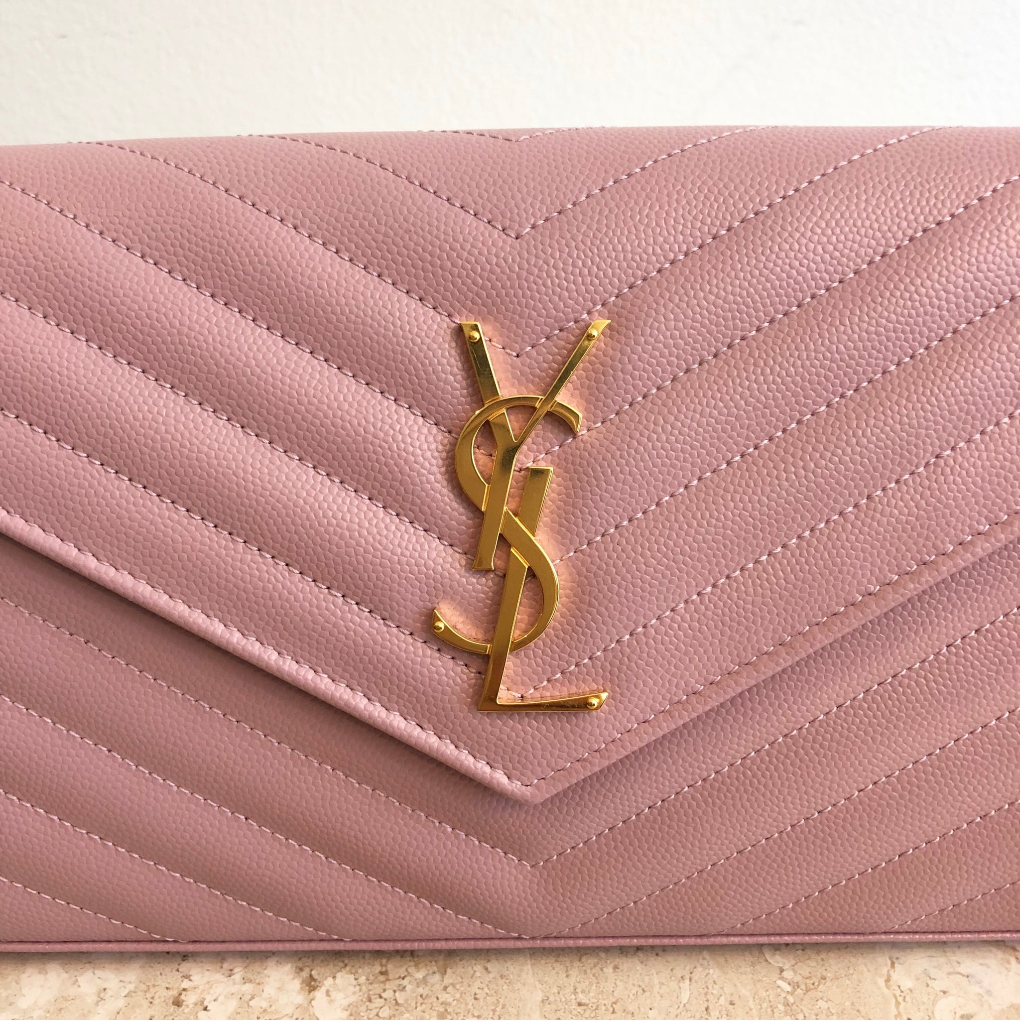 Authwntic YVES SAINT LAURENT Small Pink Grain De Poudre