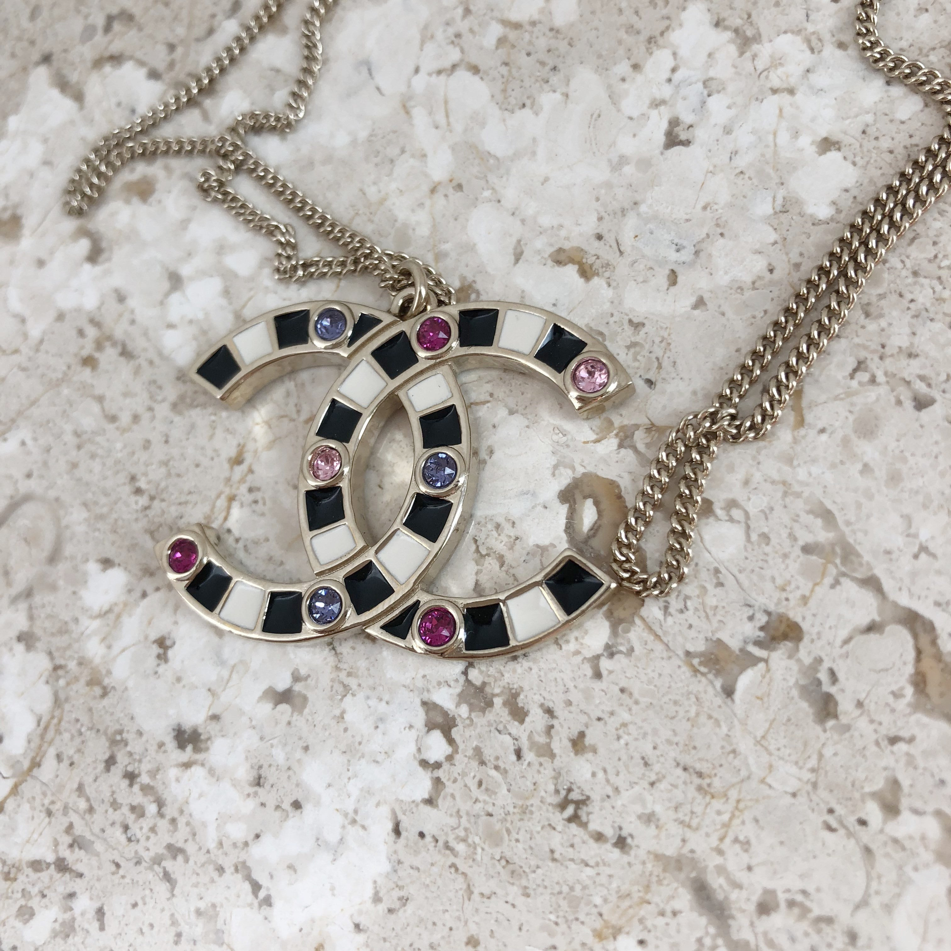 Authentic CHANEL Large CC Logo Colourblock Necklace