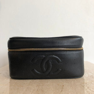 Authentic CHANEL Caviar Vintage Vanity Case