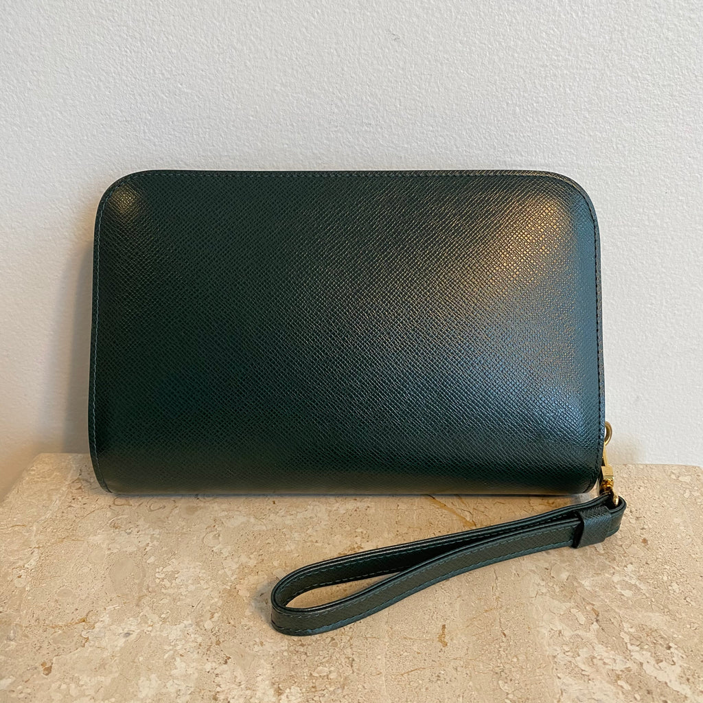 Authentic LOUIS VUITTON Epi Forest Green Orsay Clutch