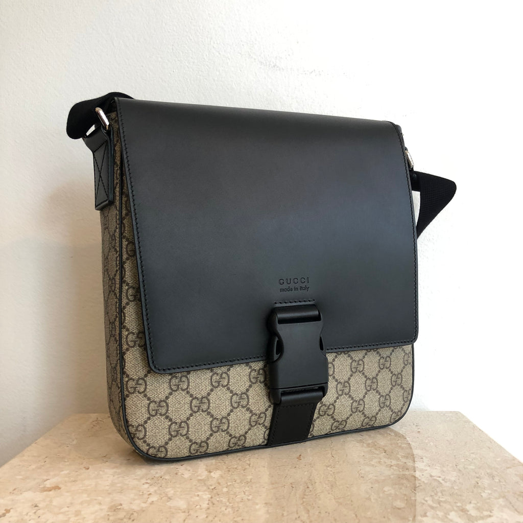 Authentic GUCCU Supreme Messenger/Crossbody