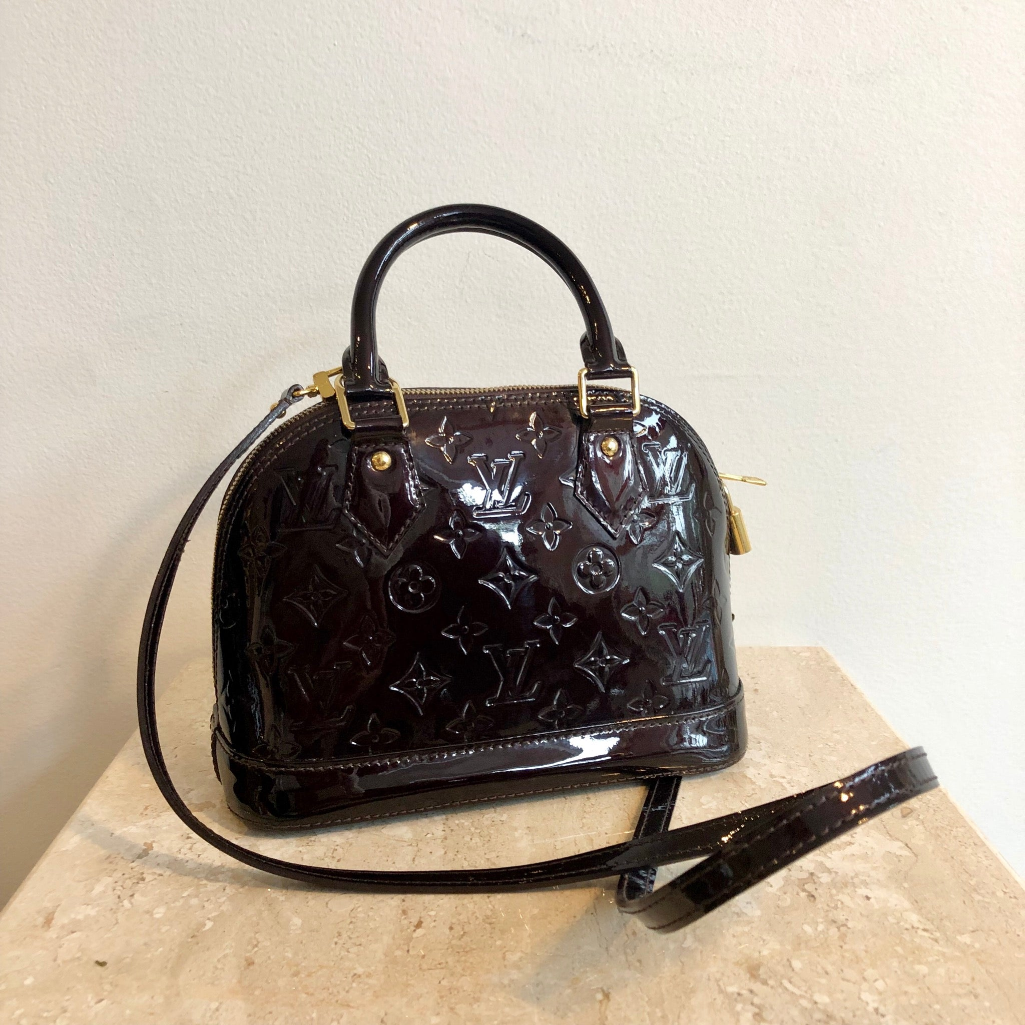 Authentic LOUIS VUITTON Alma BB Vernis in Amarante