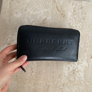 Authentic BURBERRY Black Leather Zip Around Wallet