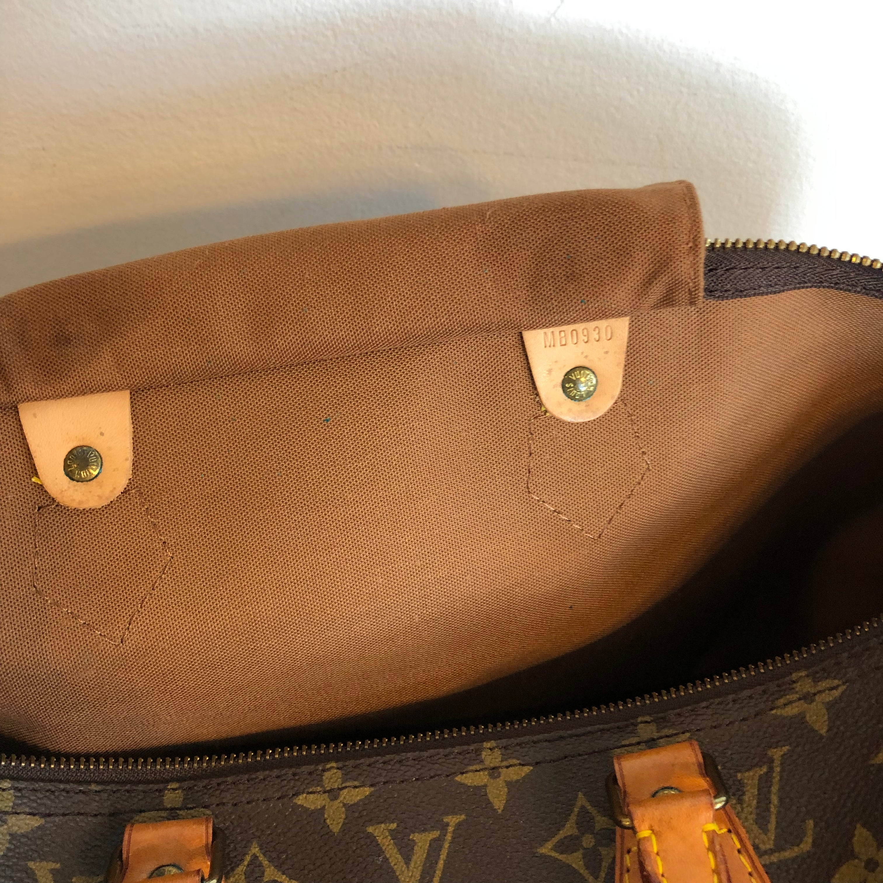 Authentic LOUIS VUITTON Montsouris MM Vintage Backpack