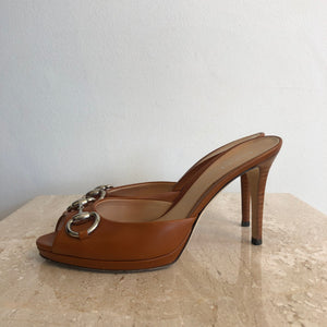 Authentic GUCCI Cognac Leather Mule Size 6