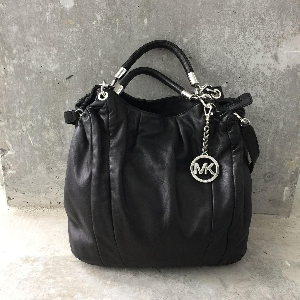 656cb0916e2a Authentic MICHAEL KORS Soft Leather Handbag