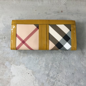Authentic BURBERRY Wallet