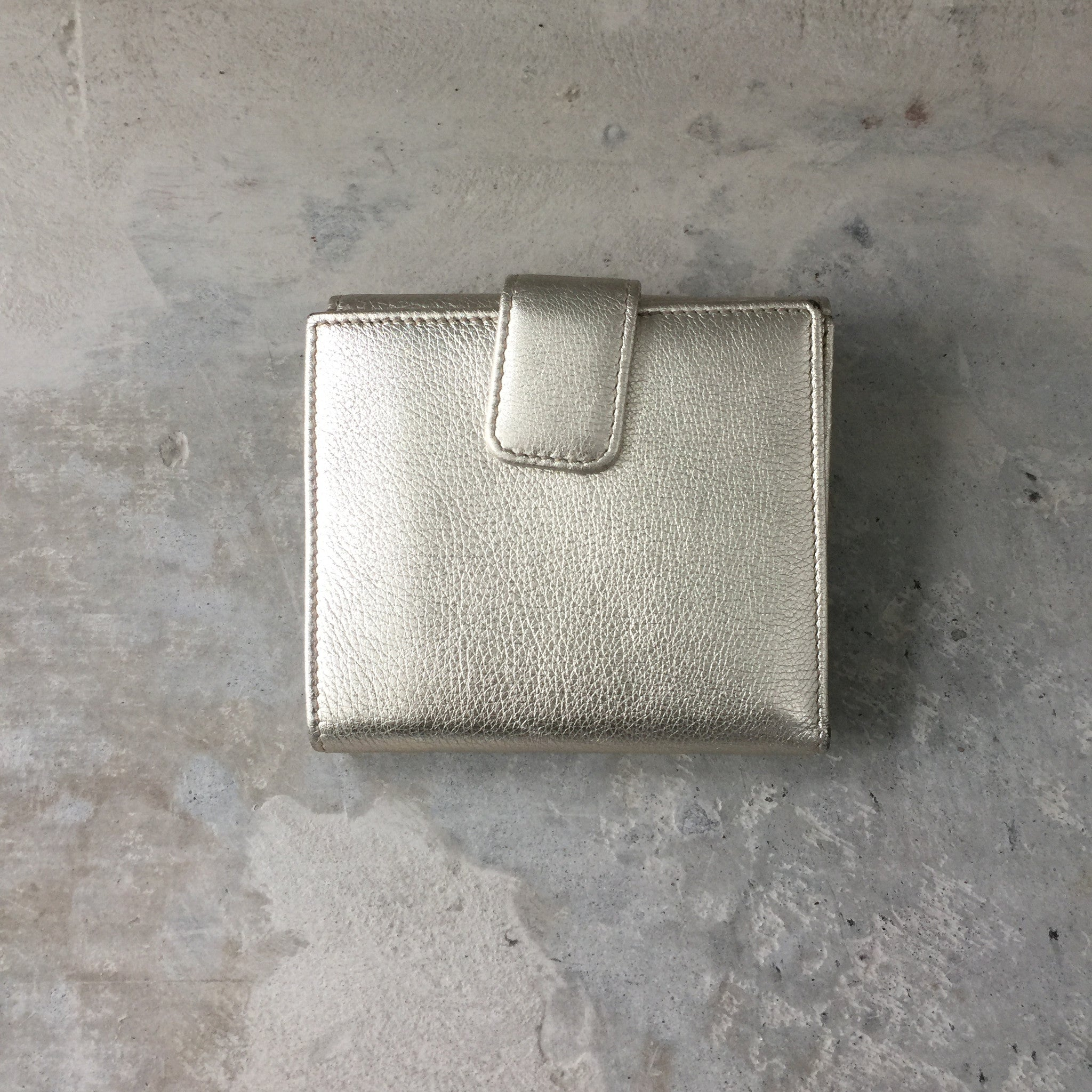 Authentic GUCCI Britt Metallic Wallet