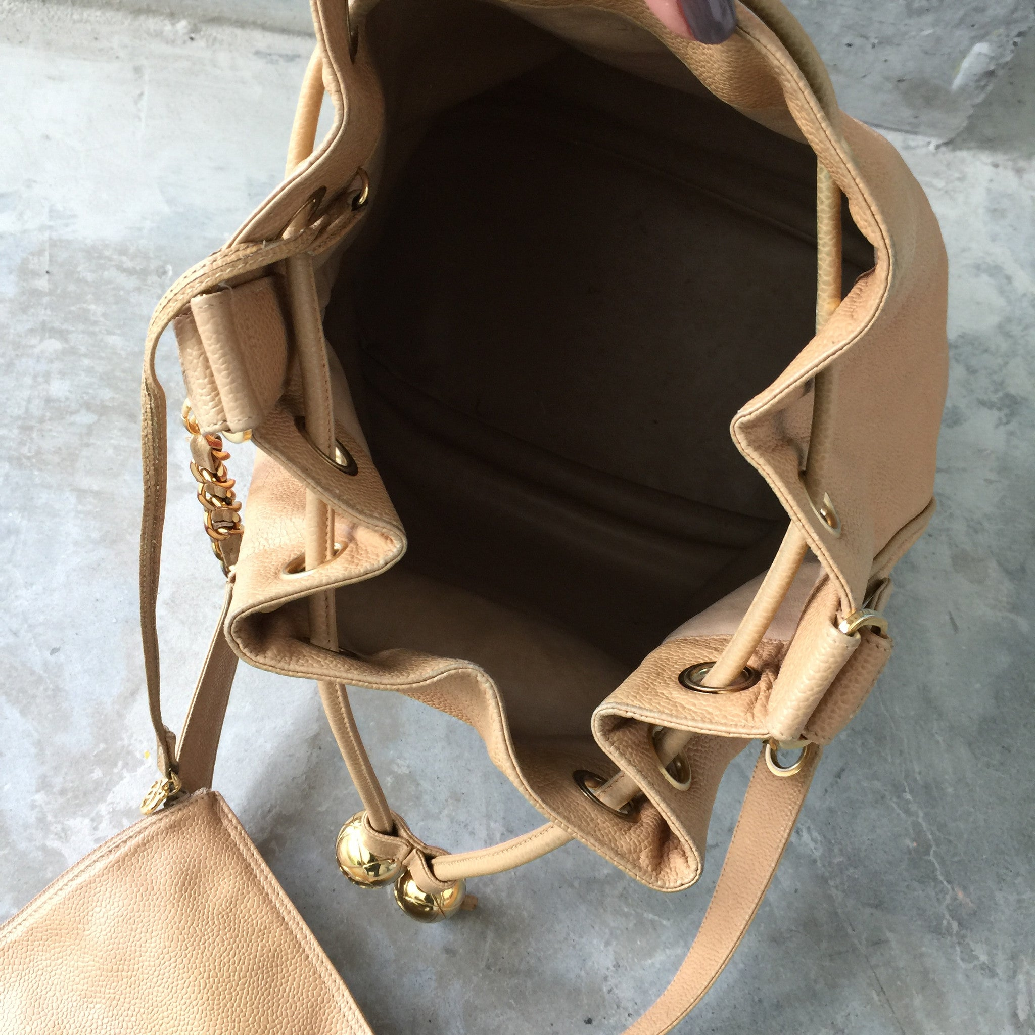 Authentic CHANEL Vintage Beige Caviar Bucket Shoulder Tote
