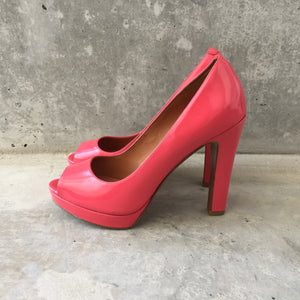 Authentic MARC BY MARC JACOBS Pink Pumps Size 7.5