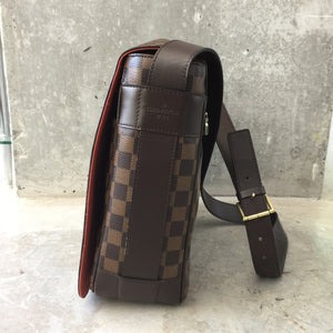 Authentic LOUIS VUITTON Damier Ebene Bastille messenger