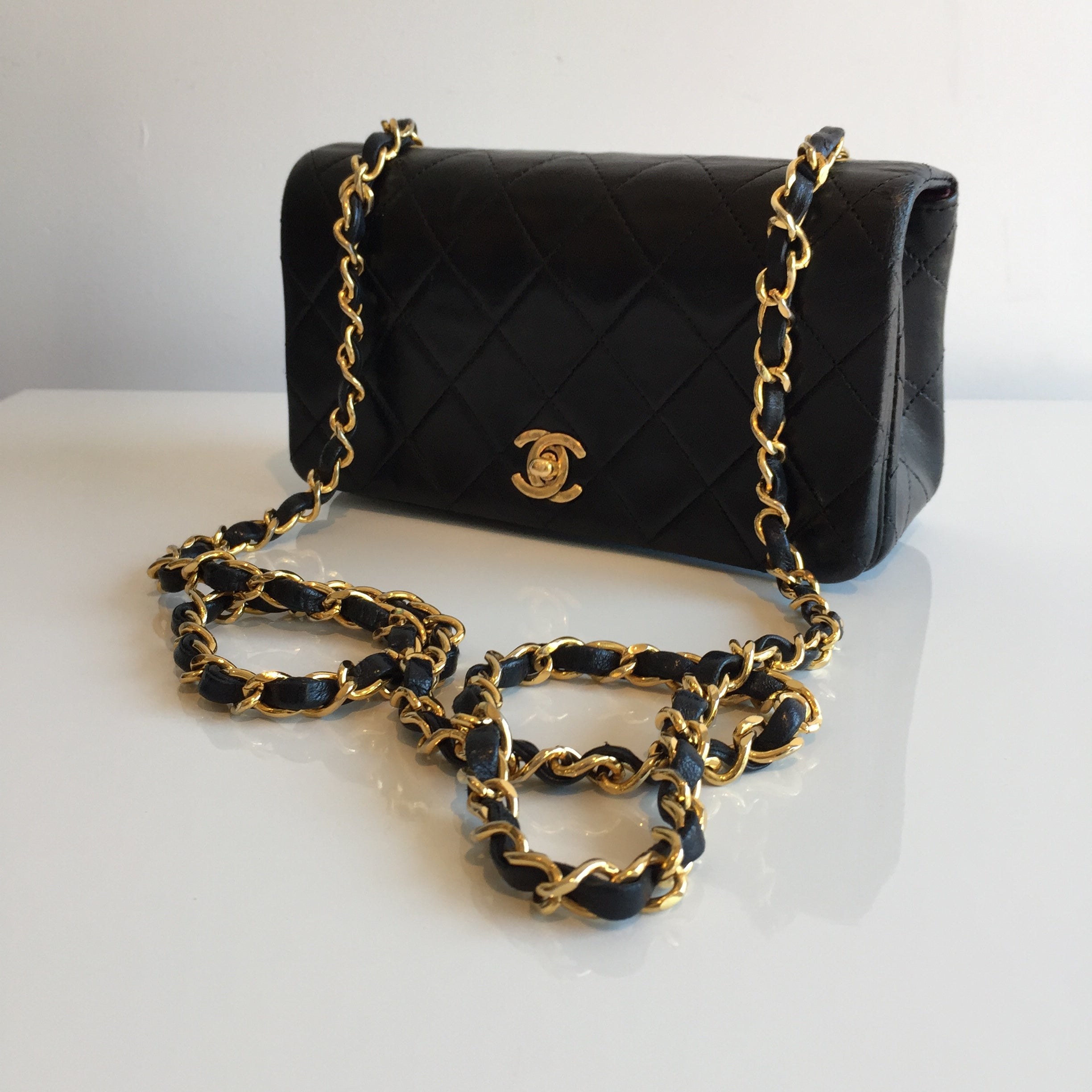 Authentic CHANEL Mini Full Flap 9