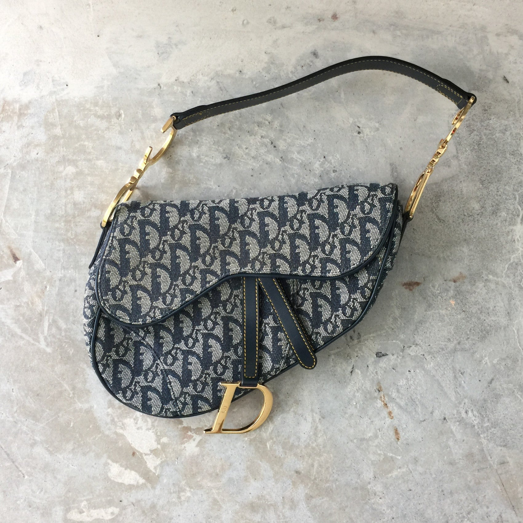 Authentic CHRISTIAN DIOR Saddle Bag