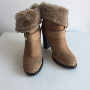 Authentic JIMMY CHOO Boots Size 35.5