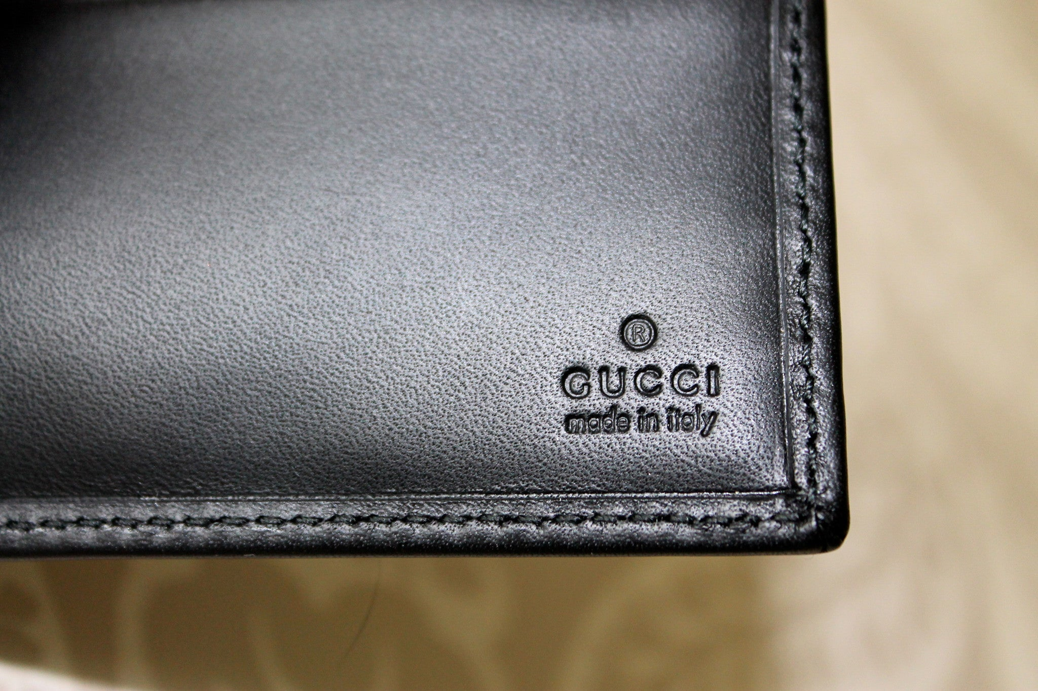 Authentic GUCCI Mens Wallet