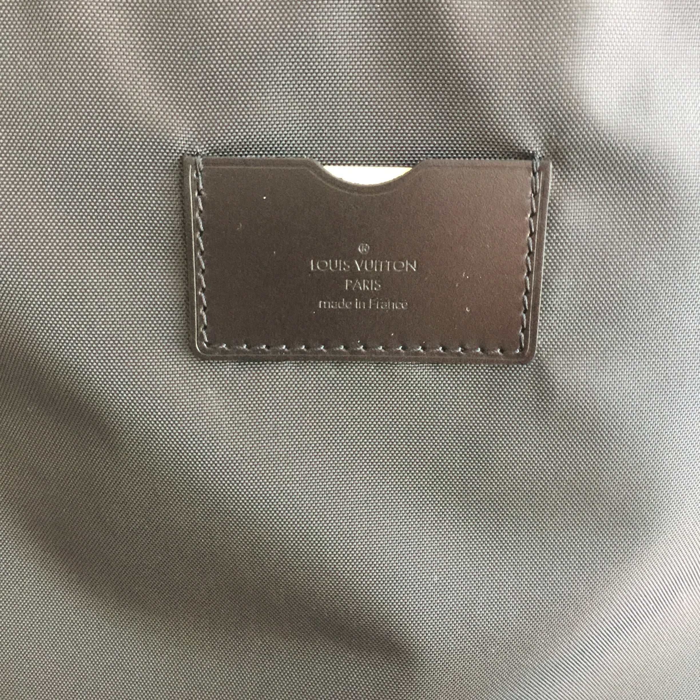 Authentic LOUIS VUITTON Taiga Pagas 45 Luggage