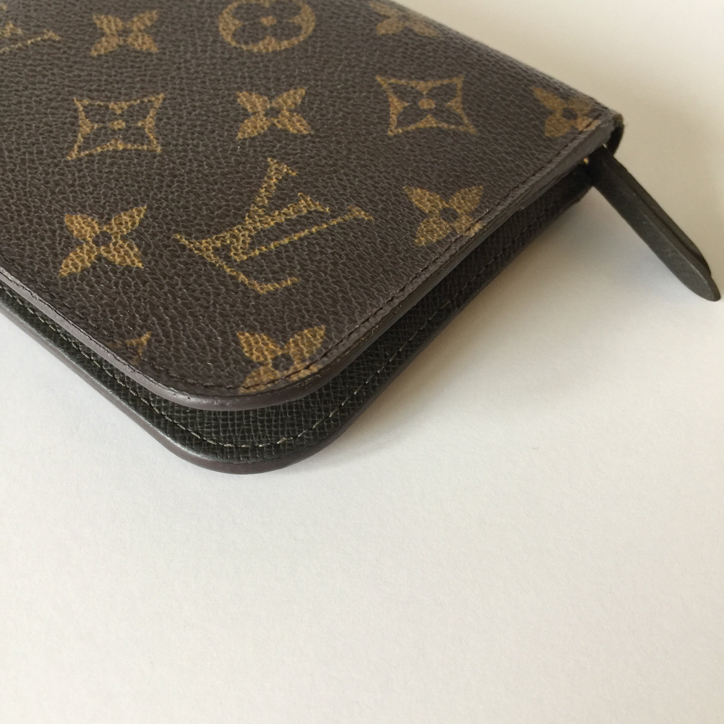 Authentic LOUIS VUITTON Insolite Wallet