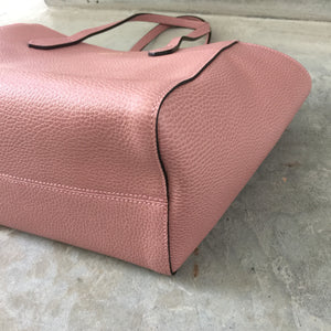 Authentic GUCCI Small Pink Swing Tote