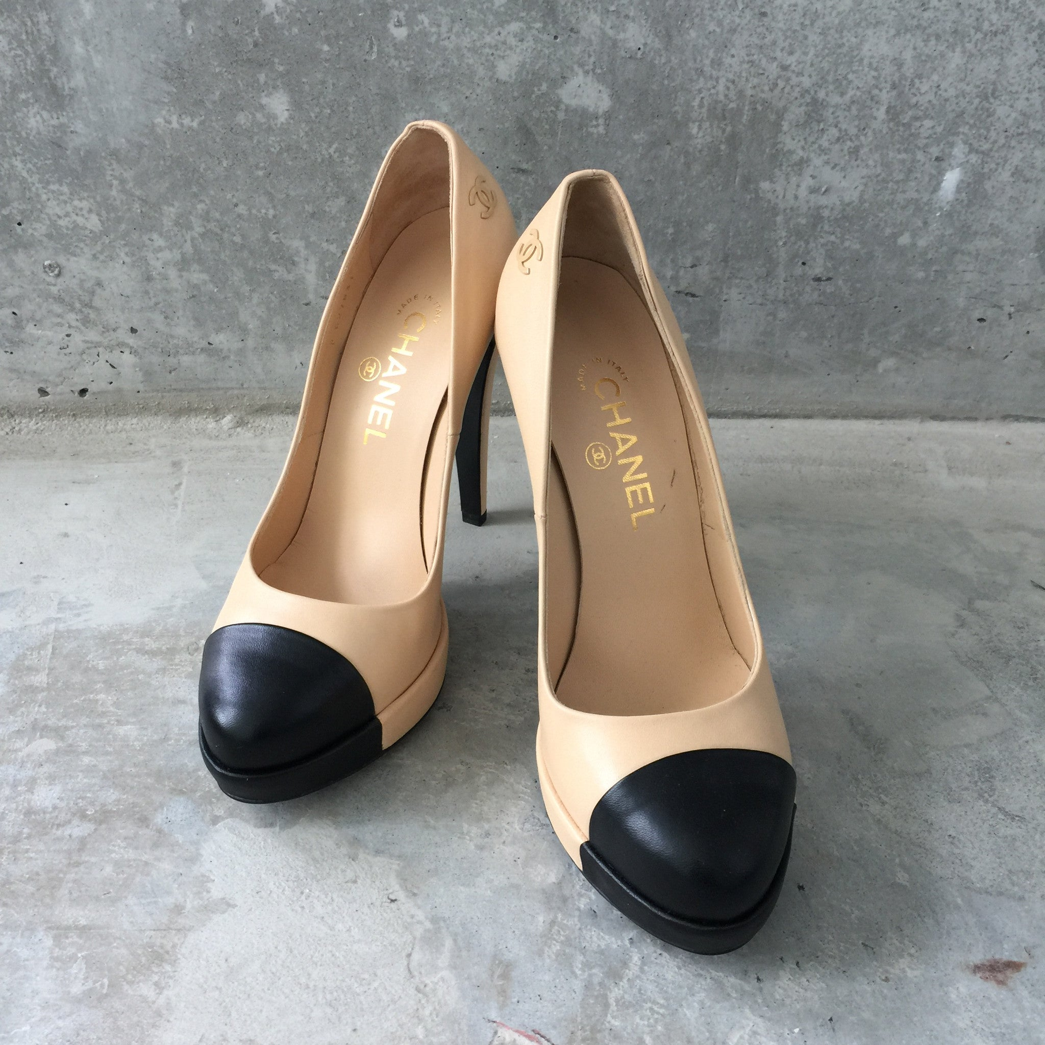 Authentic CHANEL Beige & Black Cap Toe Pumps Size 38
