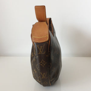Authentic LOUIS VUITTON Monogram Croissant PM Pochette Bag