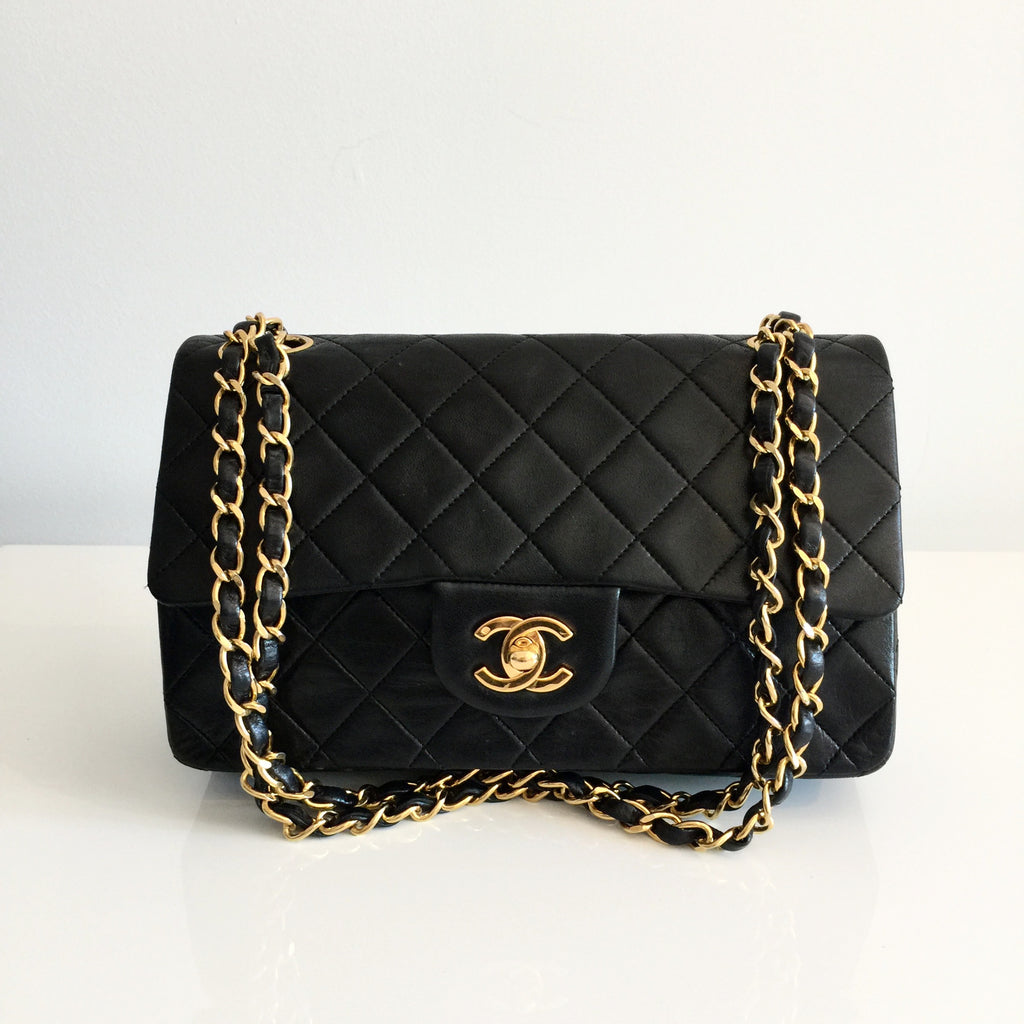 08fe2181b6ed Authentic CHANEL Vintage 9