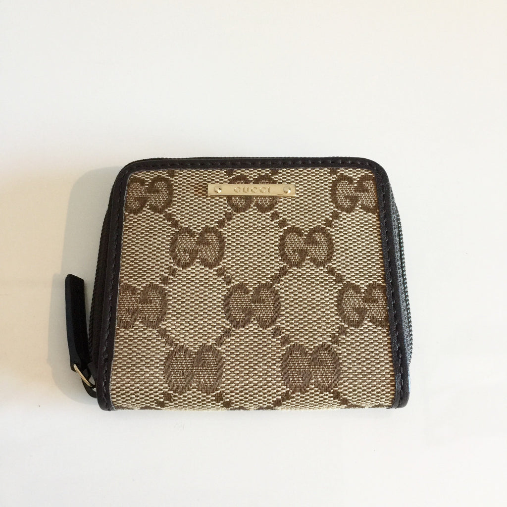 ea4bccd64 Authentic GUCCI Monogram Change Purse