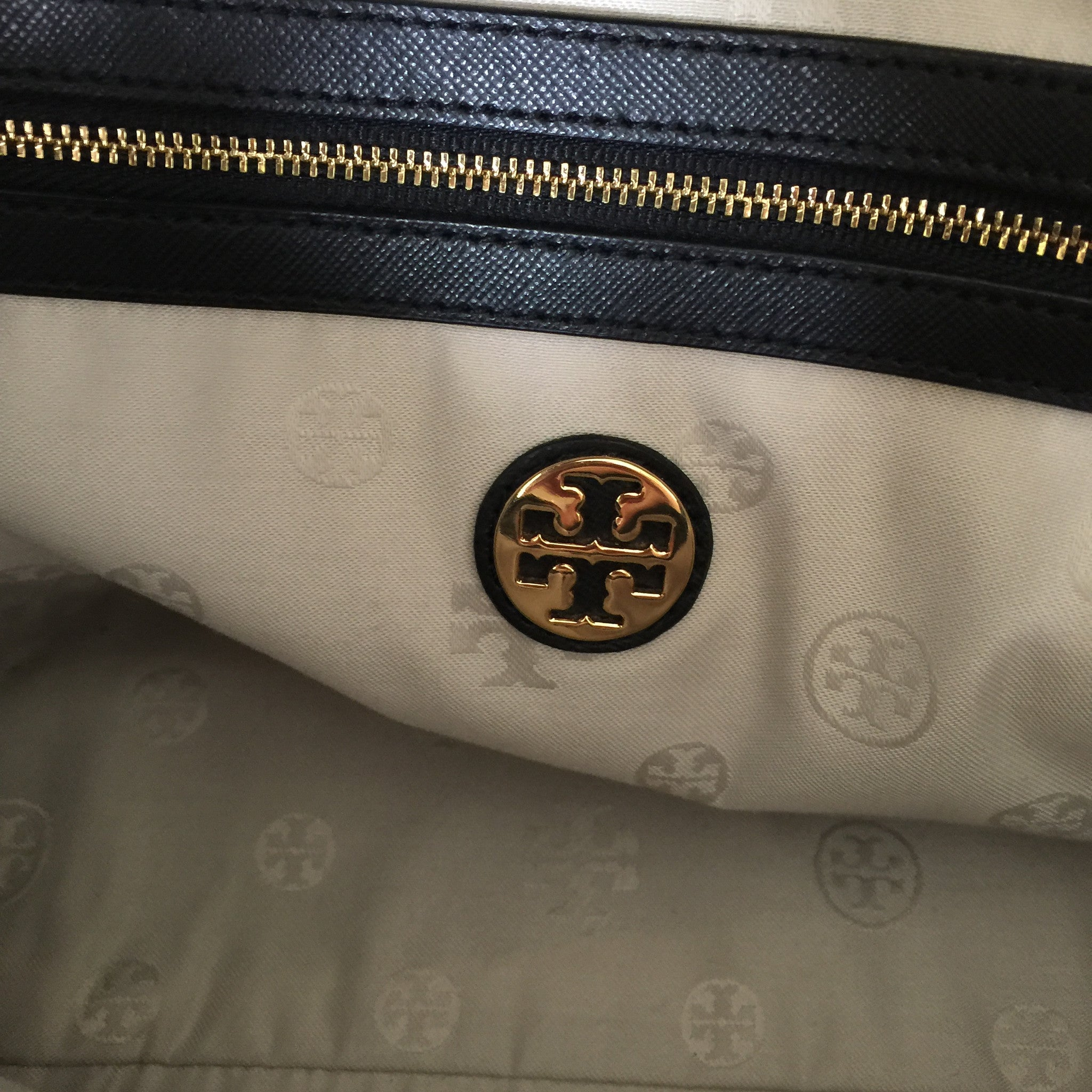 Authentic TORY BURCH Black Robinson Double Zip Tote