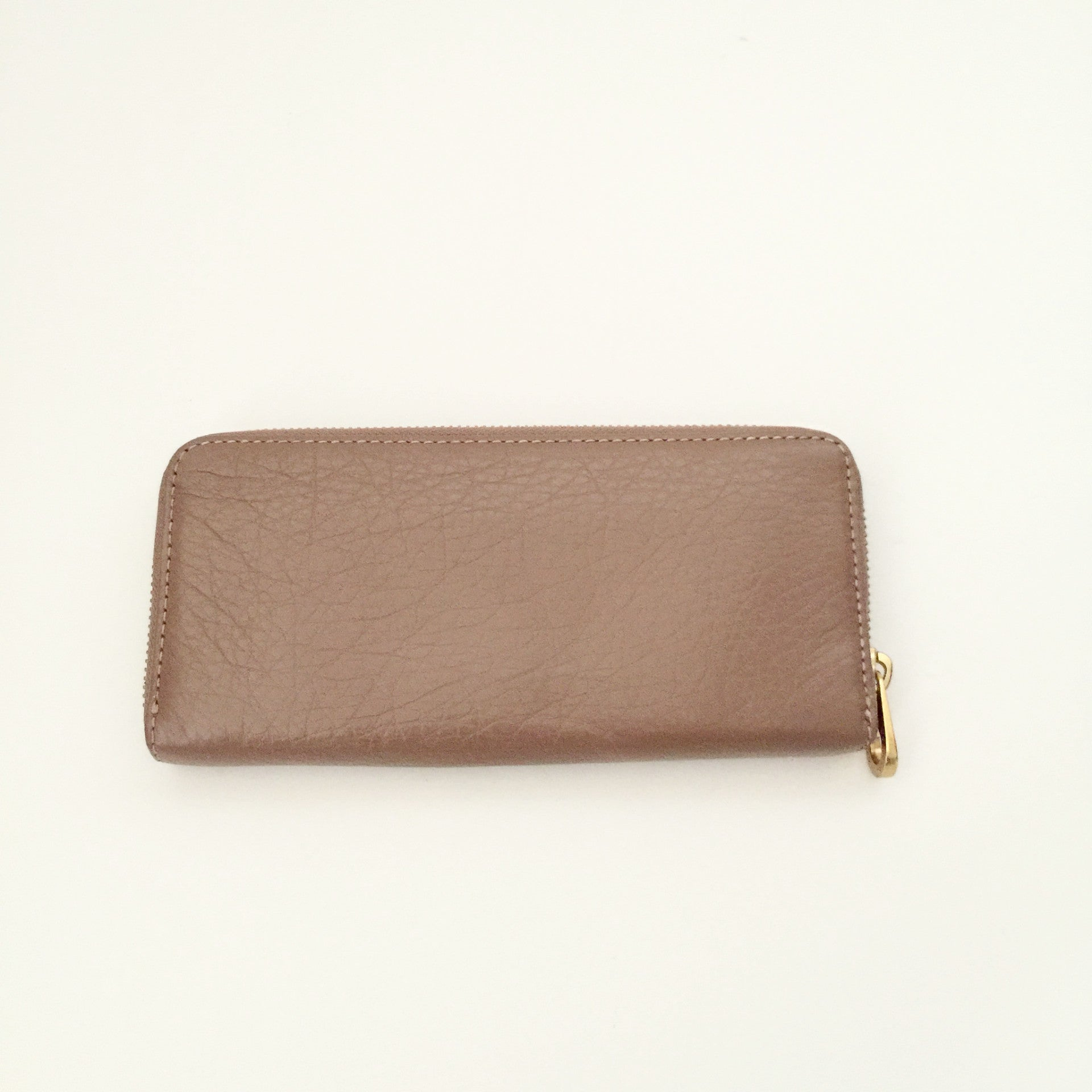 Authentic MARC BY MARC JACOBS Tan Leather Wallet