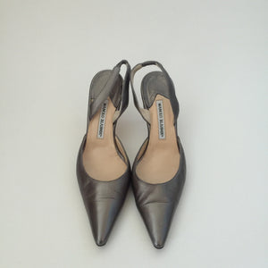 Authentic MANOLO BLAHNIK Pewter Kitten Heel Slingbacks 38.5