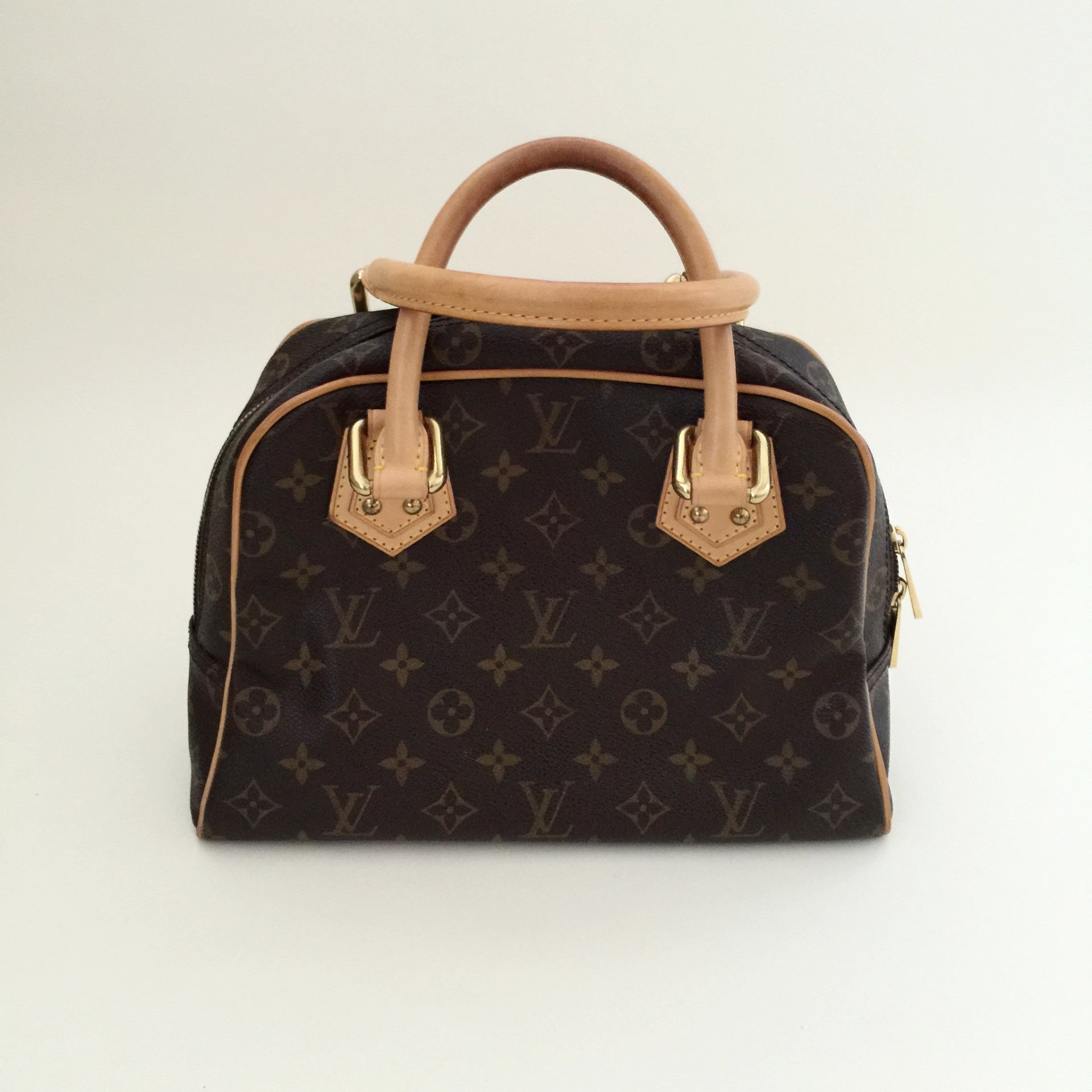 Authentic LOUIS VUITTON Manhatten PM