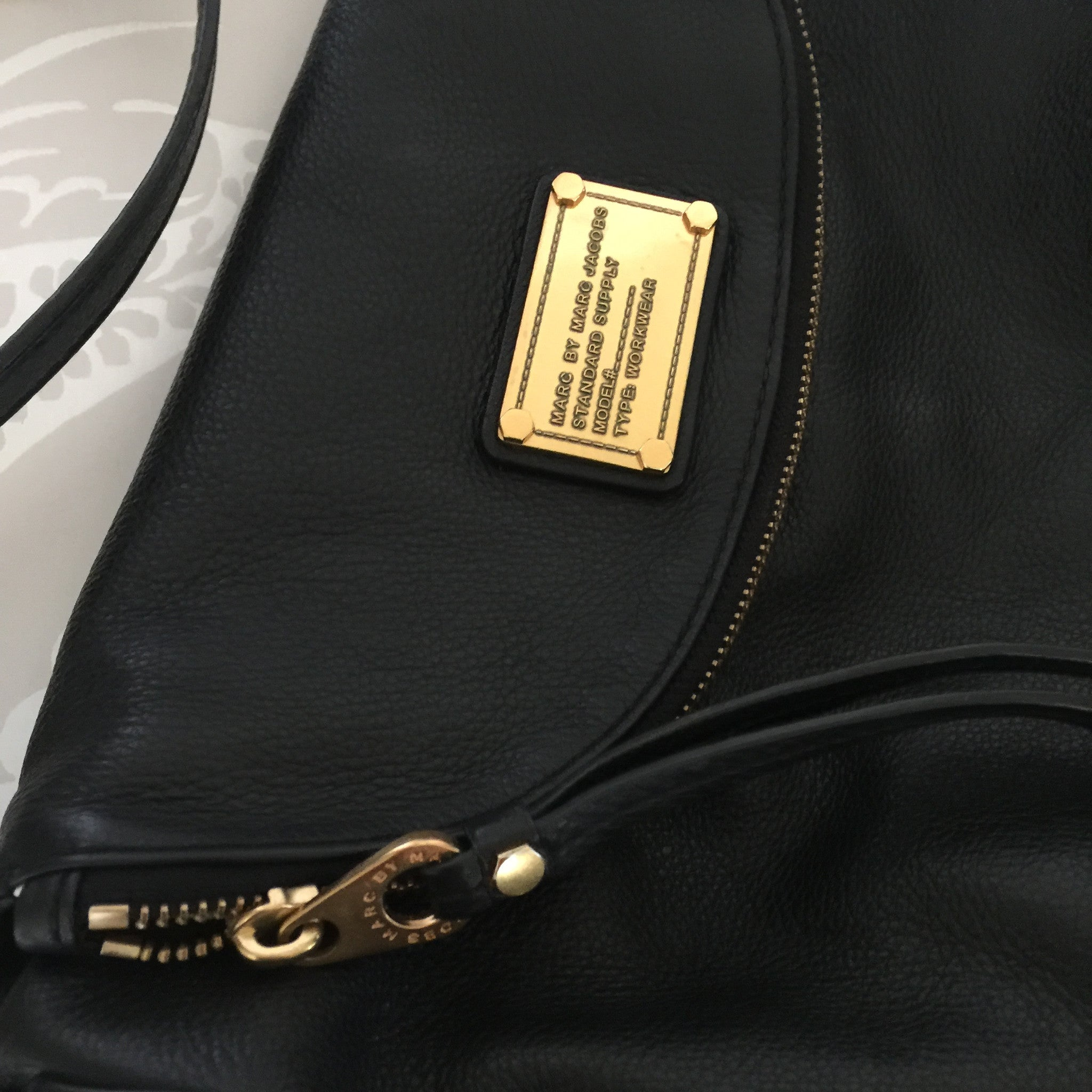 Authentic Marc by Marc Jacobs Natasha Crossbody
