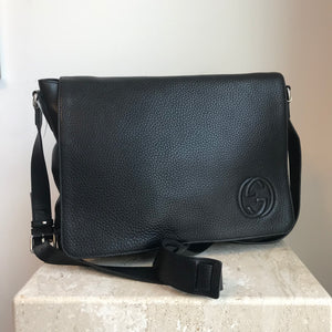 Authentic GUCCI Soho Leather Messenger Bag Black