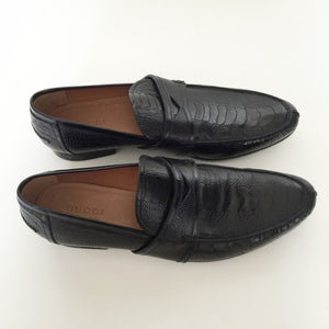 Authentic GUCCI Black Ostrich Shoes Size 10