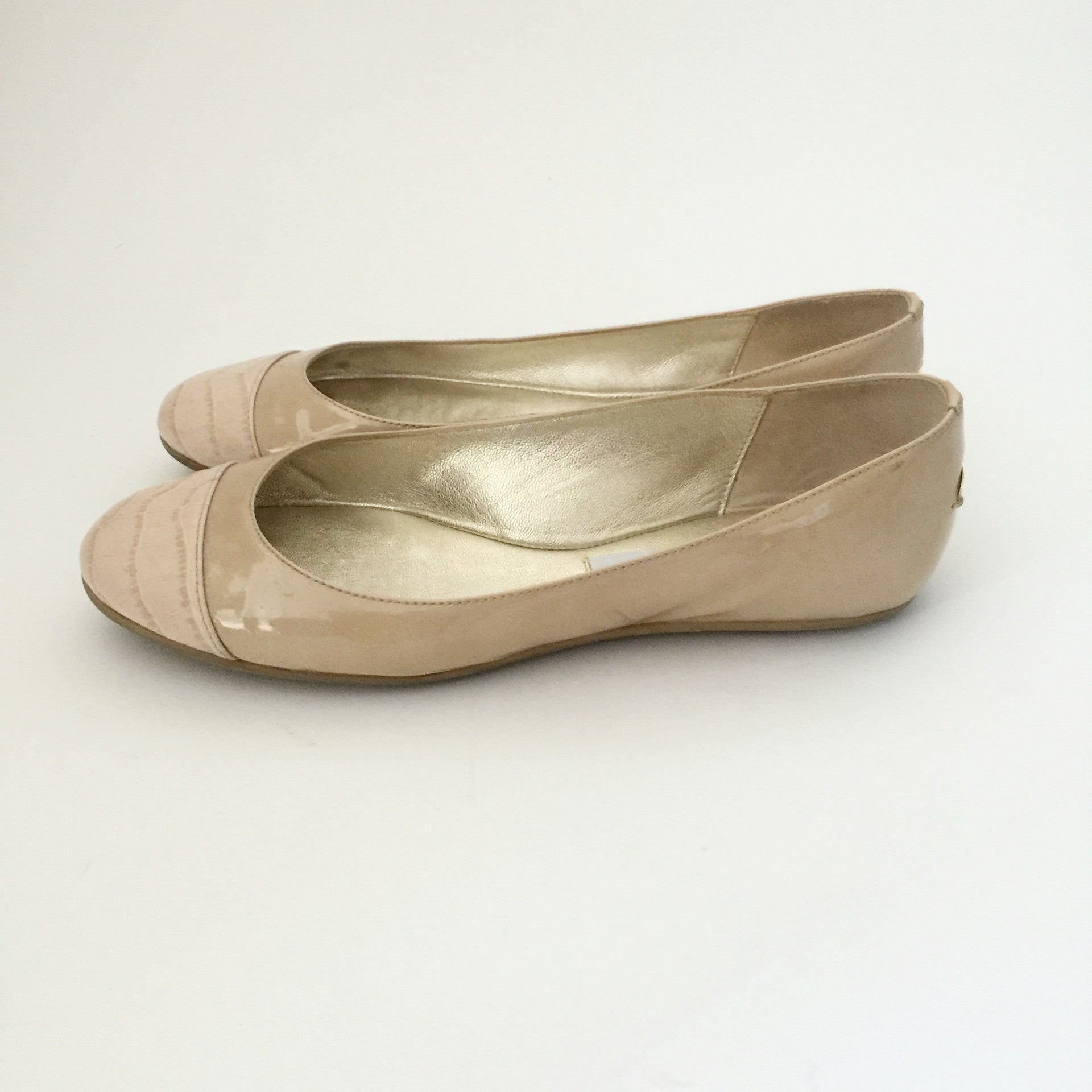 Authentic JIMMY CHOO Beige Ballet Flats Size 38 (fits like 7.5)