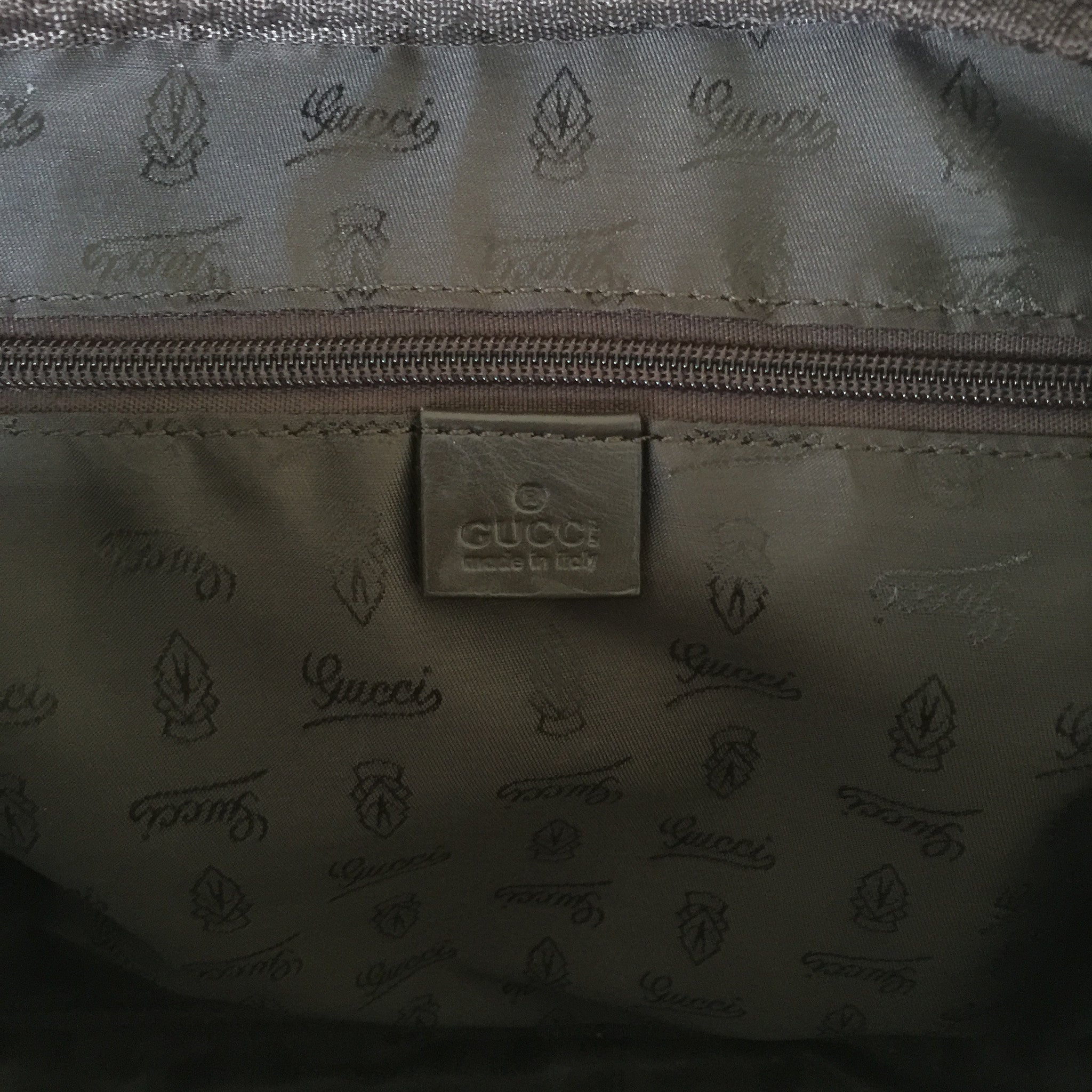 Authentic GUCCI Guccisimma Laptop Tote/Crossbody