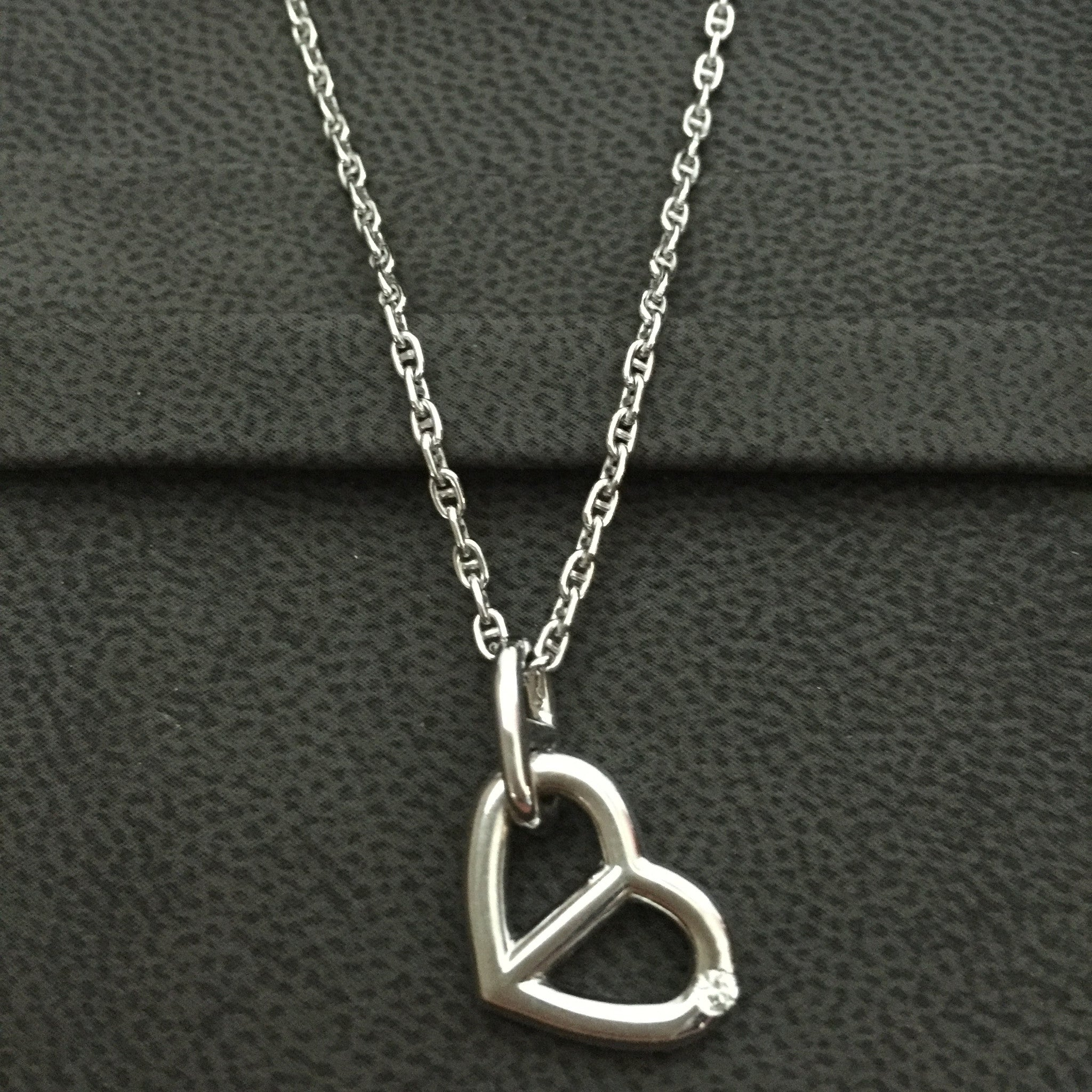 Authentic HERMES 18K Chain D'Ancre Diamond Heart Pendant Necklace