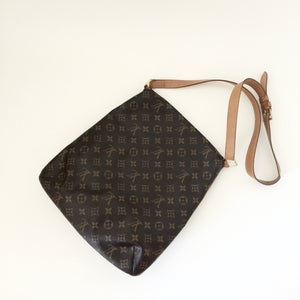 Authentic LOUIS VUITTON Musette Salsa GM Crossbody