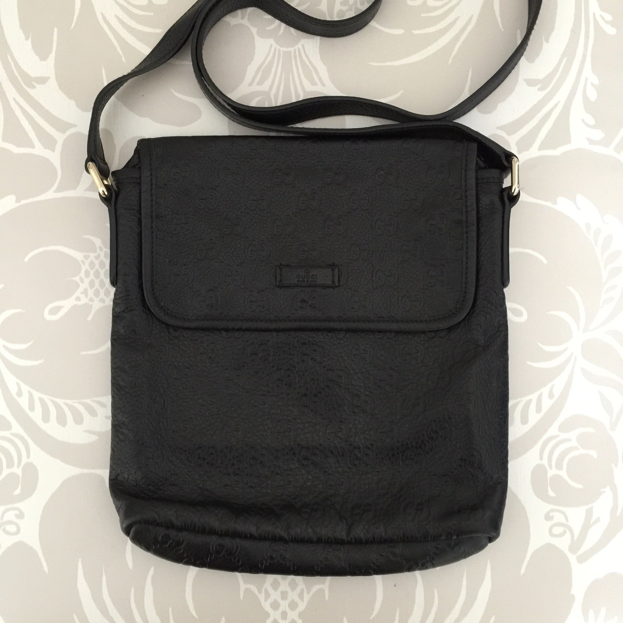 Authentic GUCCI Leather Guccissima Crossbody