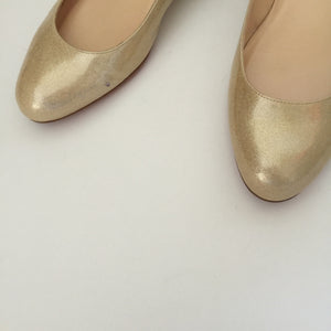 Authentic CHRISTIAN LOUBOUTIN Gold Ballet 37
