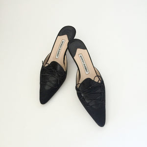 Authentic MANOLO BLAHNIK Black Kitten Heel Size 7