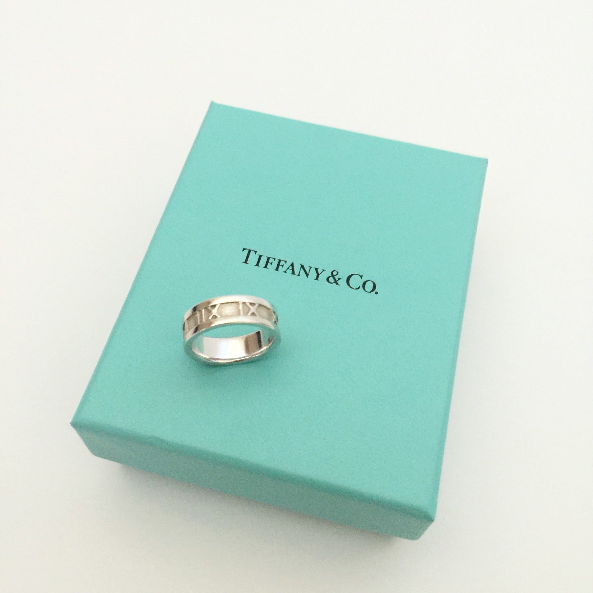 Authentic TIFFANY & CO Atlas Ring Size 5.5
