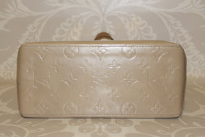 Copy of Authentic LOUIS VUITTON Small Beige Monogram Vernis Reade PM
