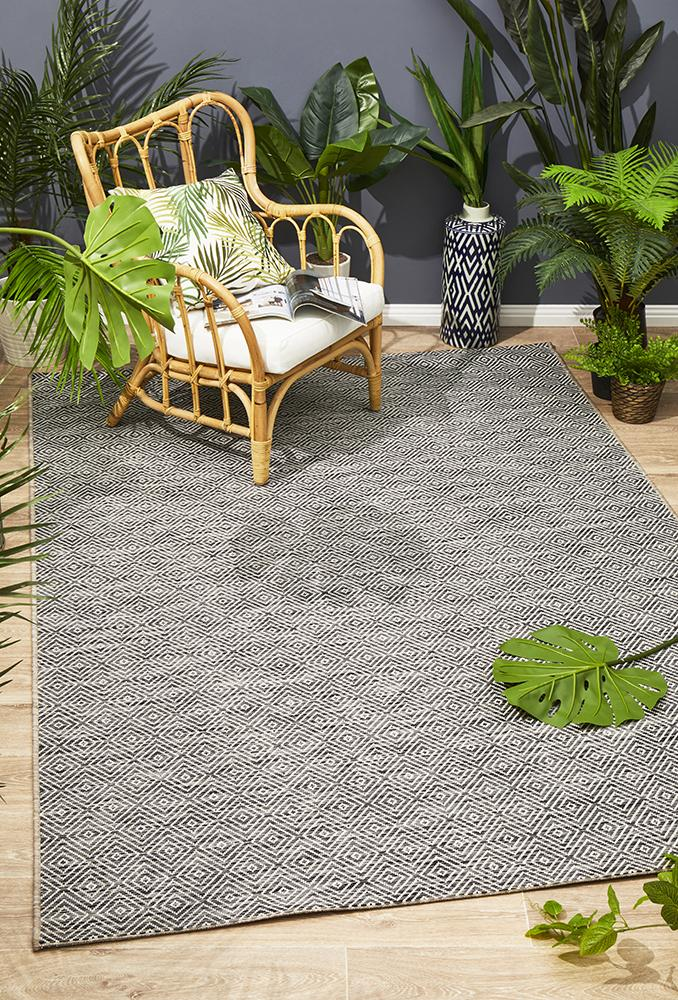 Terrace Clara Diamond Rug Grey
